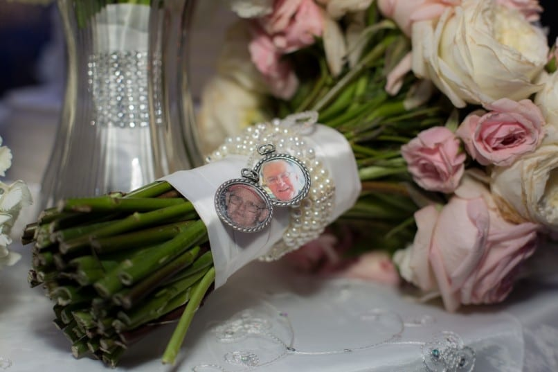Wedding bouquets with beautiful details to photograph