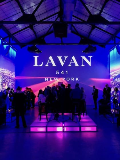 Lavan 541 venue: dark and cool. BizBash NY 2019